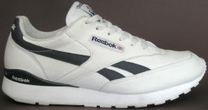 Reebok Classic Conquest Clip in white with blue trim