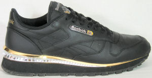 Reebok Classic Leather Streak III Chrome in black and gold