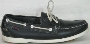 "Leather deck shoes: Sebago ""Docksides"" in navy"