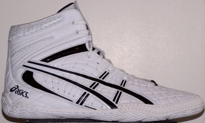 "ASICS ""GEL-Assault"" wrestling shoe, white with black stripes and trim"