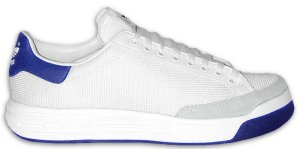 The adidas Rod Laver tennis shoe, with dark blue trim and outsole