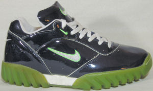 Black and green Nike Live Wire sneakers