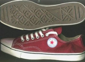 "Red low-top ""NEW STARS * BY GRANCOST "" sneakers"