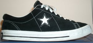 Converse One Star sneaker in black with white star