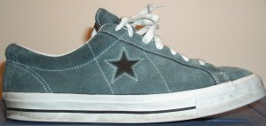 Converse One Star sneaker in steel gray-blue with black star