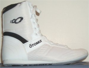 "Otomix ""Super Hi Fitness Shoe"" in white"